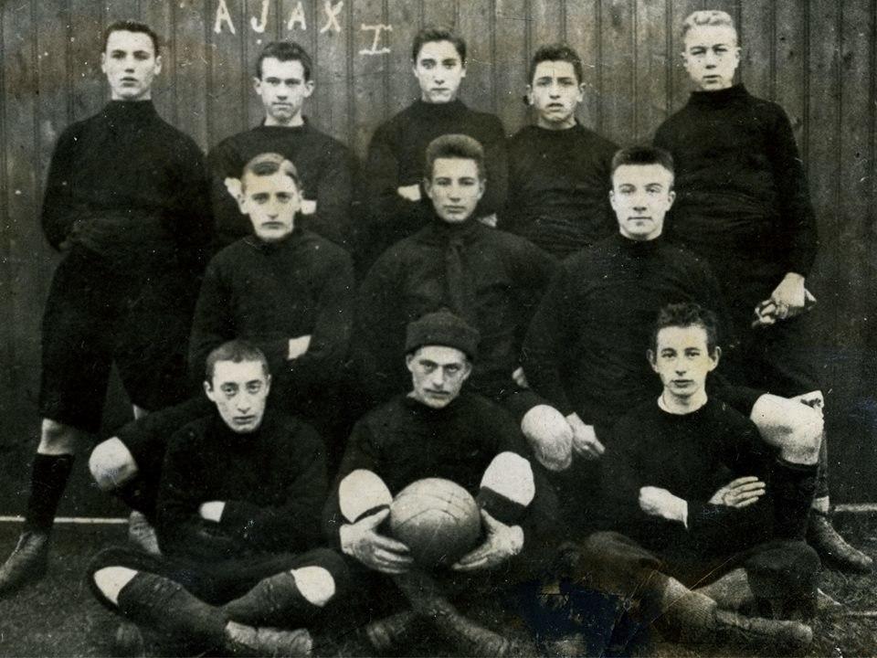 Состав Аякса в 1900 году
